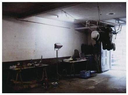 """Roman Signer. """"Versuch in der Garage"""", 2004"""